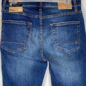 AERO NEW 31x32 Mens Slim Straight Jeans MSRP $54